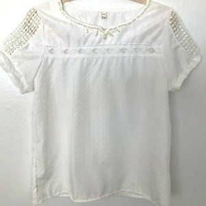 BEAUTIFUL Women's Blouse sz 6 White with Pearls
